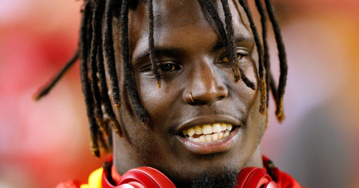 Criminal case against Chiefs star Tyreek Hill re-opened after he talks son's injury on leaked recording