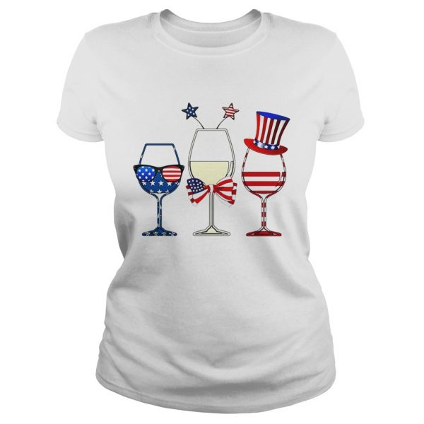 Blue White Red Wine glasses 4th of July  Classic Ladies