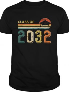 Class Of 2032 Grow With Me Graduate Vintage Retro Tshirt