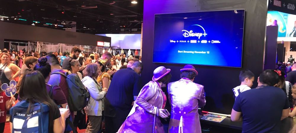 Fans Line Up to Subscribe to Disney Plus at D23