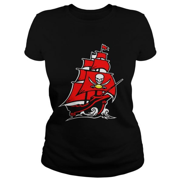 Tampa Bay Buccaneers Pirate Ship T Classic Ladies