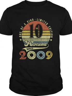 10th Birthday Vintage Retro 10 years old boy girl kids Gift T-Shirt