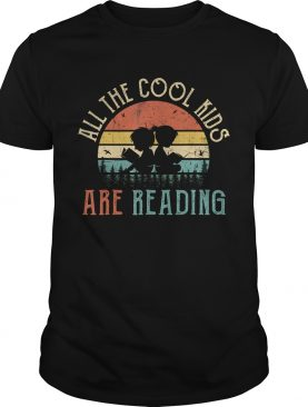All the Cool Kids are Reading Book Vintage Reto Sunset TShirt