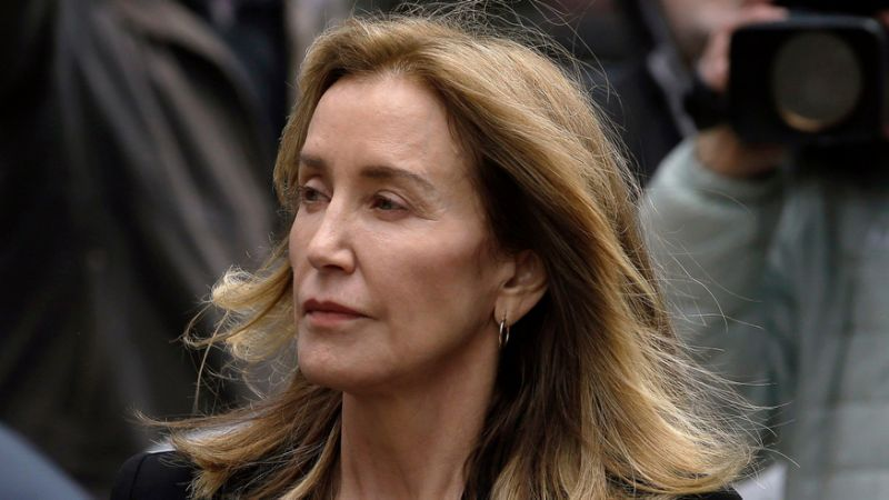 By Turns Tearful and Stoic Felicity Huffman Gets 14-Day Prison Sentence