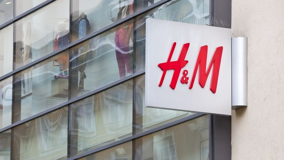 H&M tests clothing rental service to address environmental concern