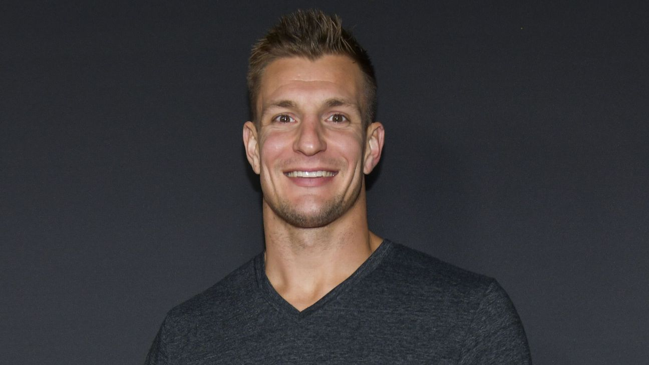 Rob Gronkowski won't say 'never' on return, but not in 2019
