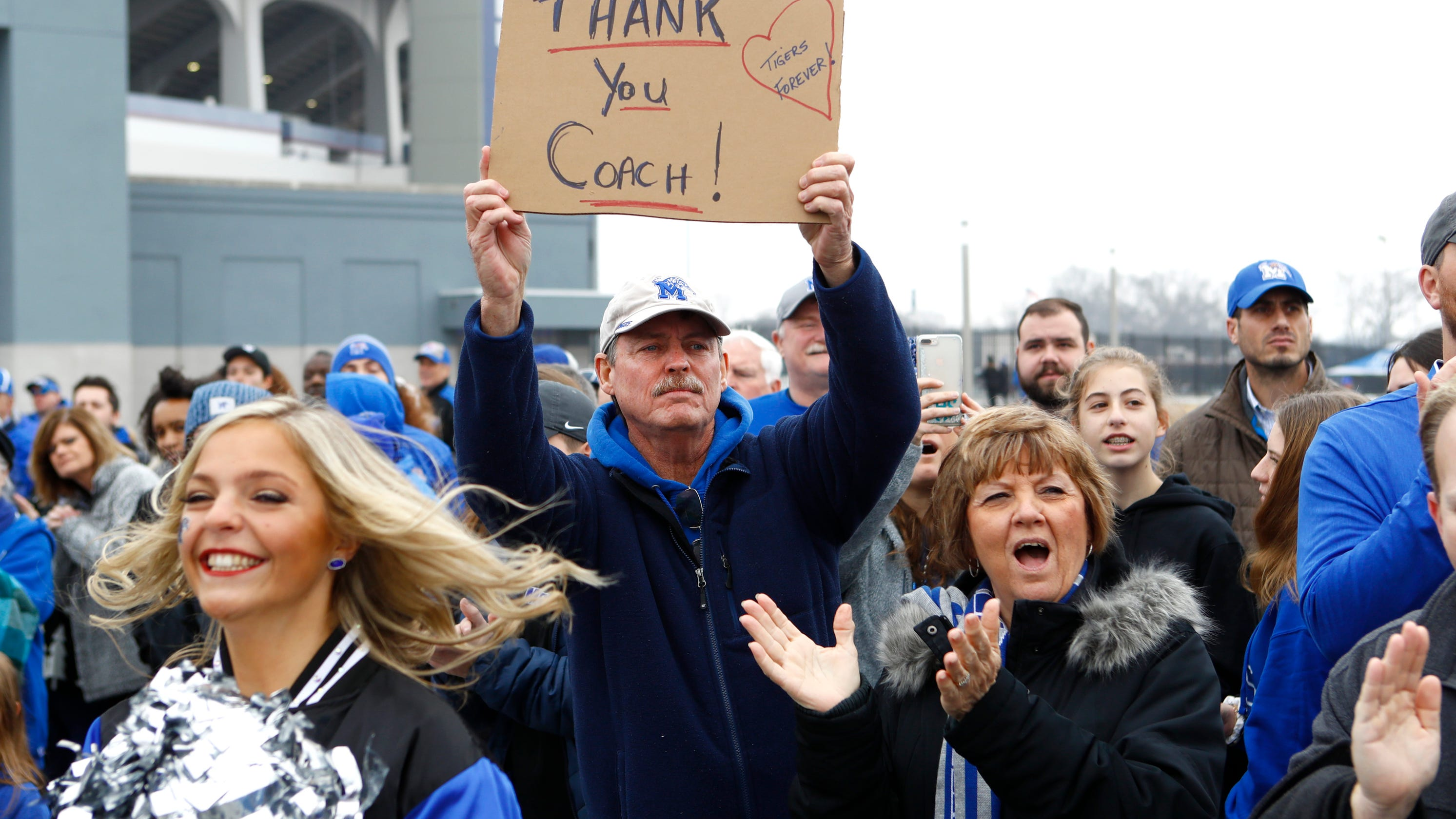Memphis football fans react to Mike Norvell's reported departure to Florida State, historic season