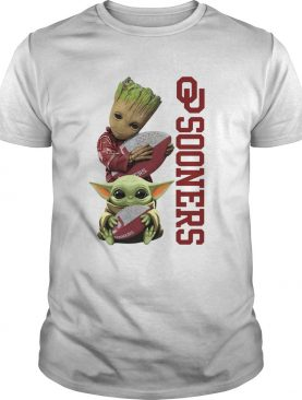 Baby Groot And Baby Yoda Hug Oklahoma Sooners shirt
