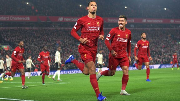 Liverpool beat Man United with Van Dijk, Salah goals to open up 16-point lead at top