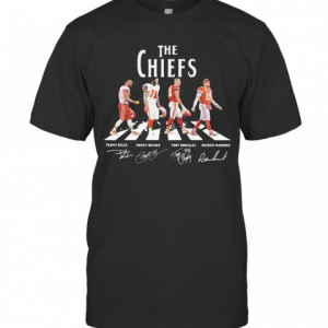 The Chiefs Abbey Road Players Signatures T-Shirt Classic Men's T-shirt
