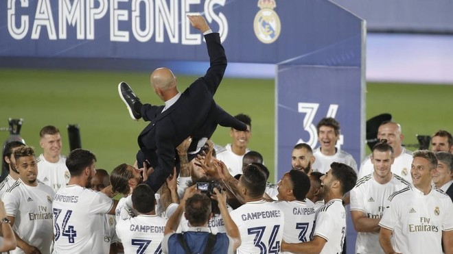 Zidane is in the hands of his players