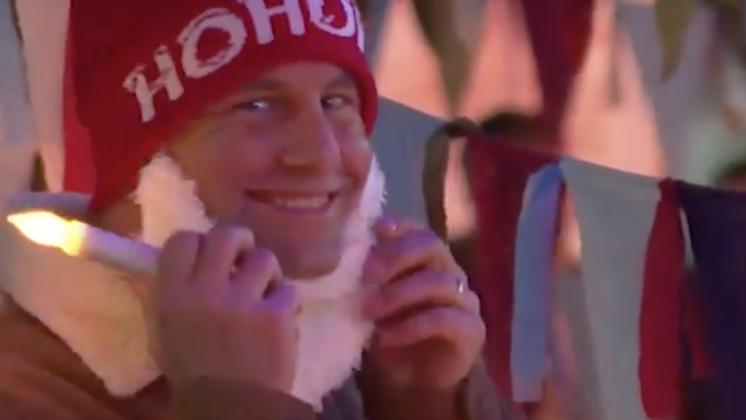 Kirk Cameron Hosts New Maskless Christmas Caroling Event To Protest Stay-At-Home Order
