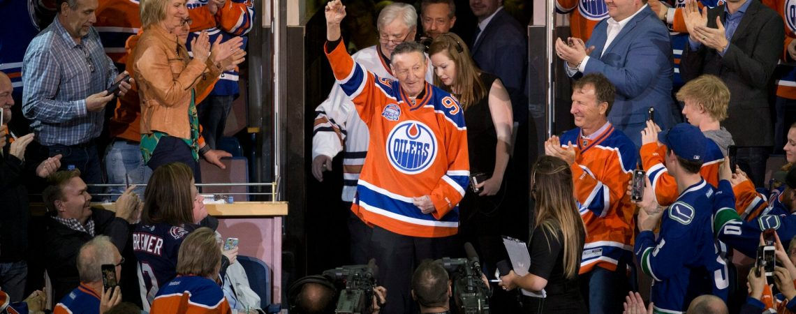 Hockey Legend Wayne Gretzky Shared His Father With a Nation